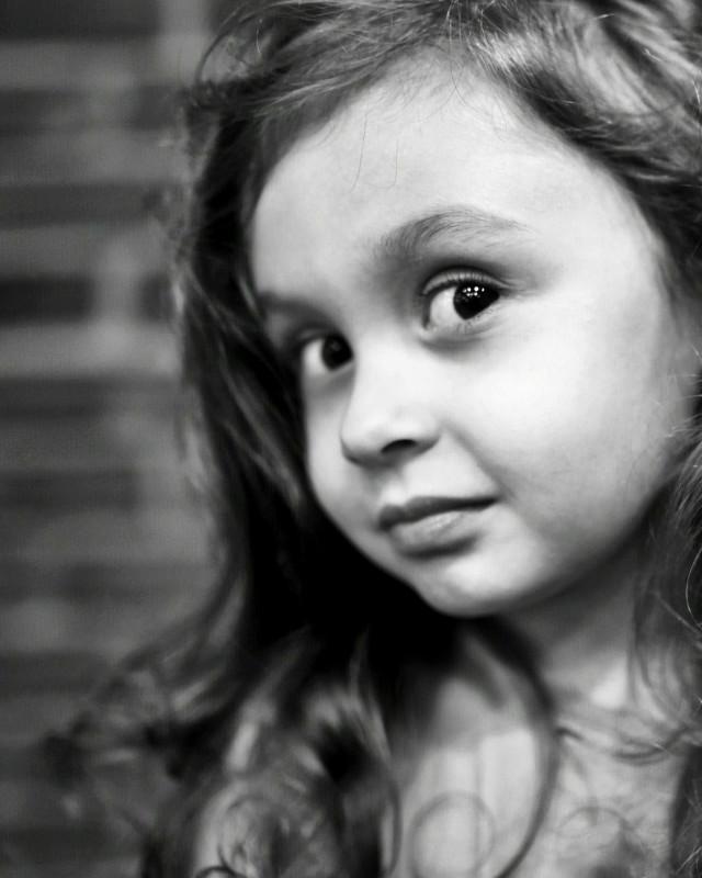 #child #littlegirl #lovelygirl #lovely #cute #bw #bnw #blackandwhite #bwphotography #portrait #portraitphotography #kidphotography #childphotography #bnwphotography #photography #photographer