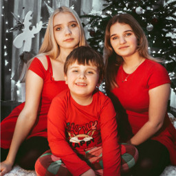 interesting art photography photo polishgirl girl fotografia foto swieta gift family snow people night