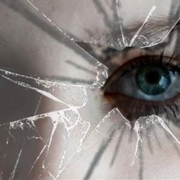glas weiß schwarz auge blue eye cool badgirl bad person human eyelashes interesting art people freetoedit iris scherben glass