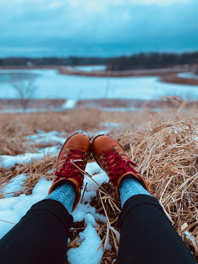 #forest #woods #lake #enjoying #shoes #sbow