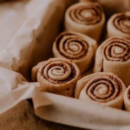 freetoedit cinnabon cinnabonrolls teatime