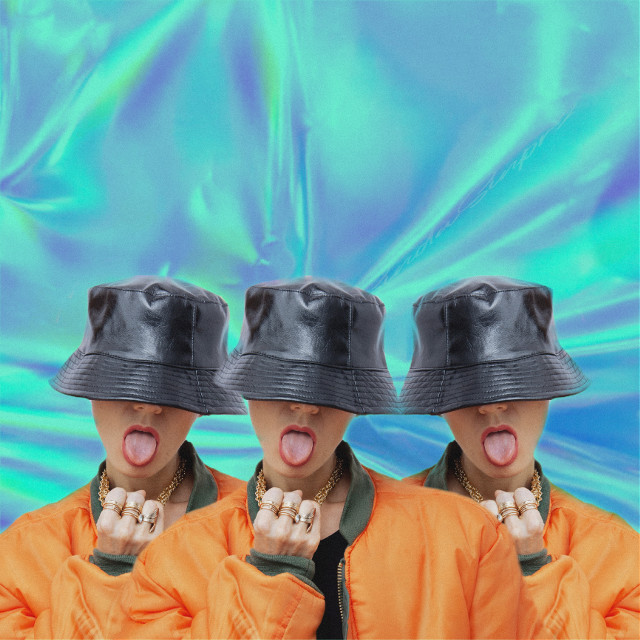 #freetoedit #freetoedit #y2k #2000s #y2kaesthetic #aesthetic #hologram #holographic #mirror #mirroreffect