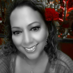 me smile woman colorsplash red