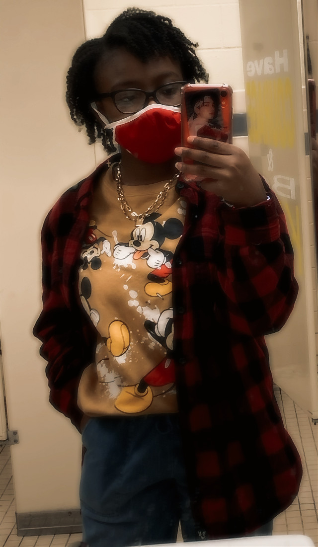 idk how my parents see me walk out of the house looking like THIS👀 and still think i'm straight🤦🏾♀️ also i feel pretty swag today so.....yeah🥶🥵💯✨ #yeye #swag