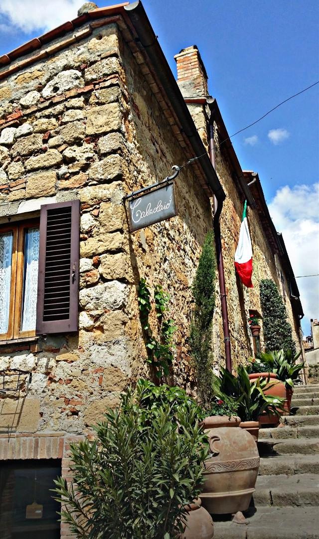#pienza #toscanatour #borghiditalia #italianstyle #paesiepaesaggi #saporiantichi #relaxingtime