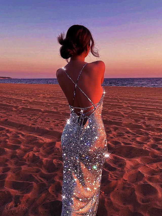 #Replay #Glitter #Dress #Sparkles #Sunset #Girl #Beach #Playa #Atardecer #Vestido #Brillante #Chica #Brillo #Edited #Remixed ⤵️ ⤵️ #freetoedit