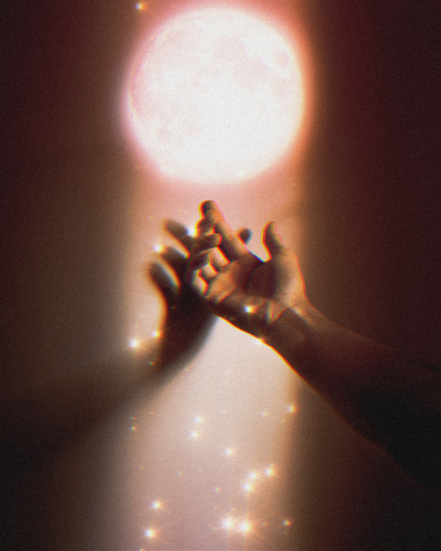 INSTAGRAM: @margo34277 YOUTUBE CHANNEL: MARGO P #girl #aesthetic #aestheticgirl #pink #glitter #glow #moon #luna#light #stars #estrellas #rosa #hand #mano