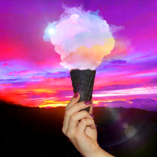 Alana, this is such a beautiful photo, thank you for making it a fte🤗🔝🔝🔝💘💘💗💖 @alanasofiao  #icecreamcone #clouds #icecream #colorful