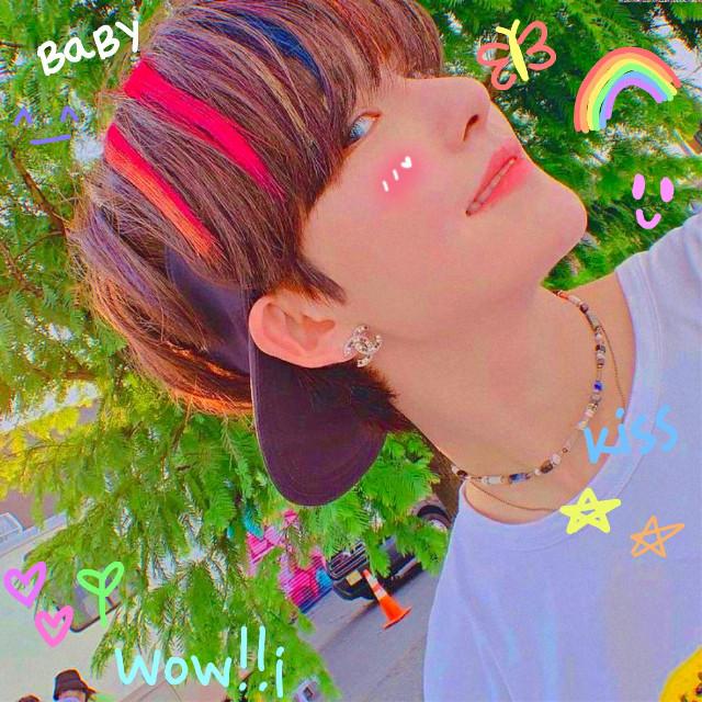 I'm sorry I downloaded this so ur sticker doesn't show up n I don't remember who's it is🥺  #hwall #theboyz #hyunjun #hyunjunhur #void #colorrush #indiekid #kidcore