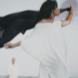 blurry maternityphoto beachphotography tutorial interesting 35mmphotography bestediting photobomb