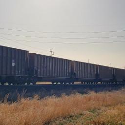 train freighttrain tracks railroad