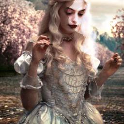 whitequeen queen aliceinwonderland white princess freetoedit