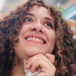 curlyhair selfie blueeyes curlyhairgirl curlygirl shethey hollipolliyozza
