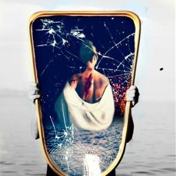 bruise mirror bruised battleworn battleborn ocean cracked brokenglass pirasisproyo freetoedit ircmirrorreflection mirrorreflection