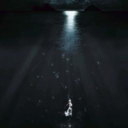 intotheocean swimming girldrowning drowning wateraesthetic moonlight moonmagic pirasisproyo freetoedit