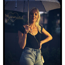 portrait photography umbrella nightphotography 85mm sonya7iii beautiful blonde myview freetoedit local