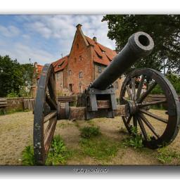 castle burg bederkesa badbederkesa lowersaxony geestland germany kanone local