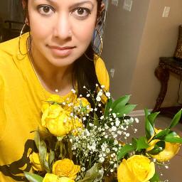 freetoedit yellow interesting woman flowers selfie pcyellowisee yellowisee